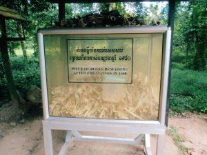 Killing fields, backapcking Cambodia.