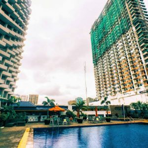 Pool at Hotel Jen Manila.