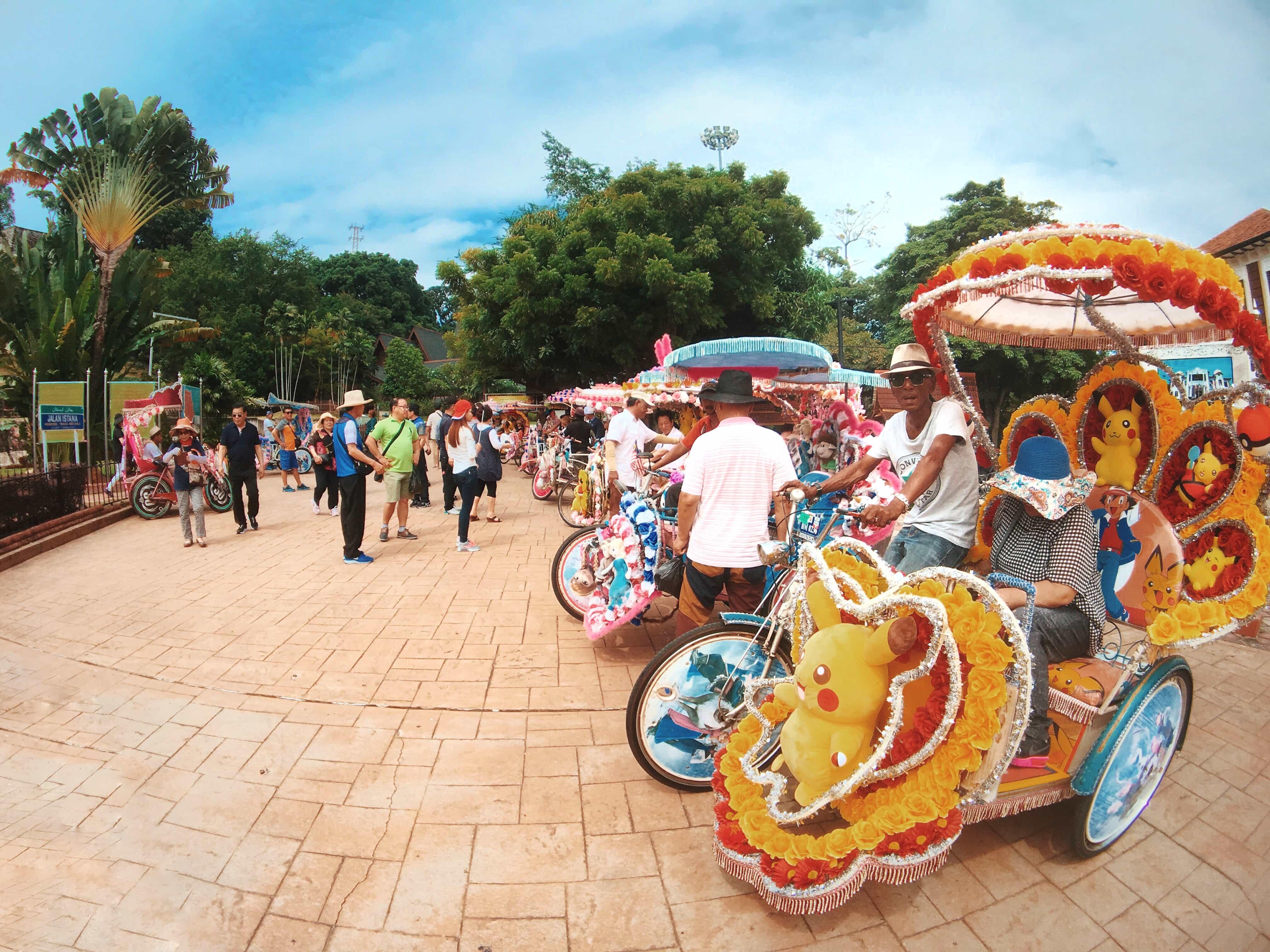 things to do in Melaka, rickshaw in Melaka