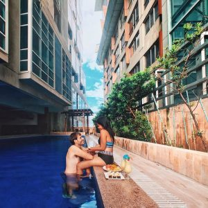Visit Cebu: Swimming and Relaxing