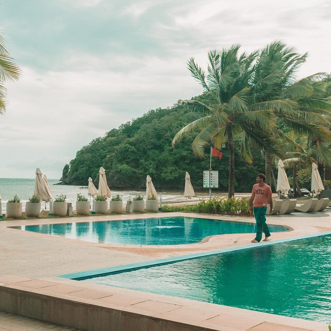 visiting Nasugbu around the pool, things to do in pico de loro