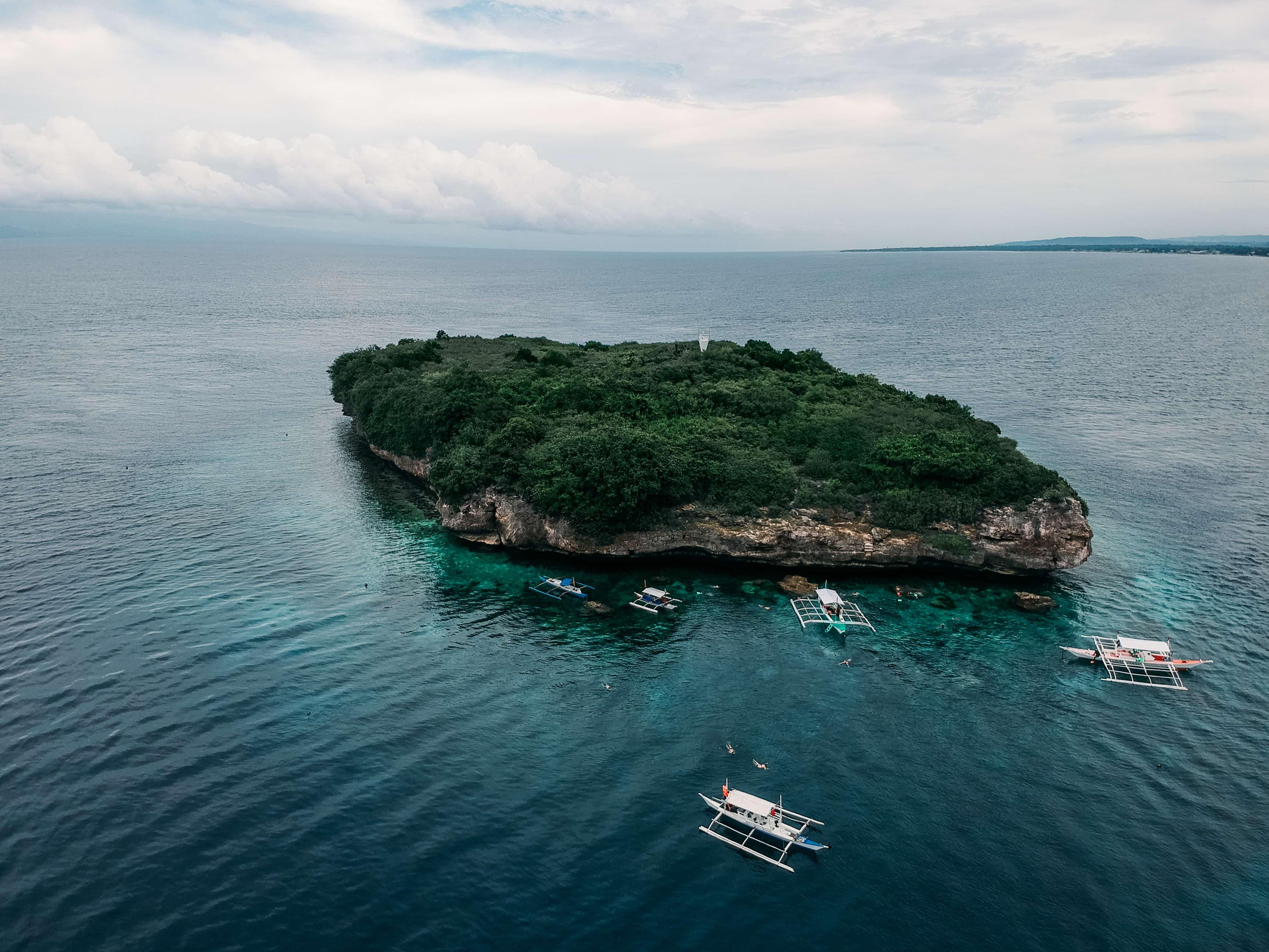 Pescador Island, Moalboal island hopping