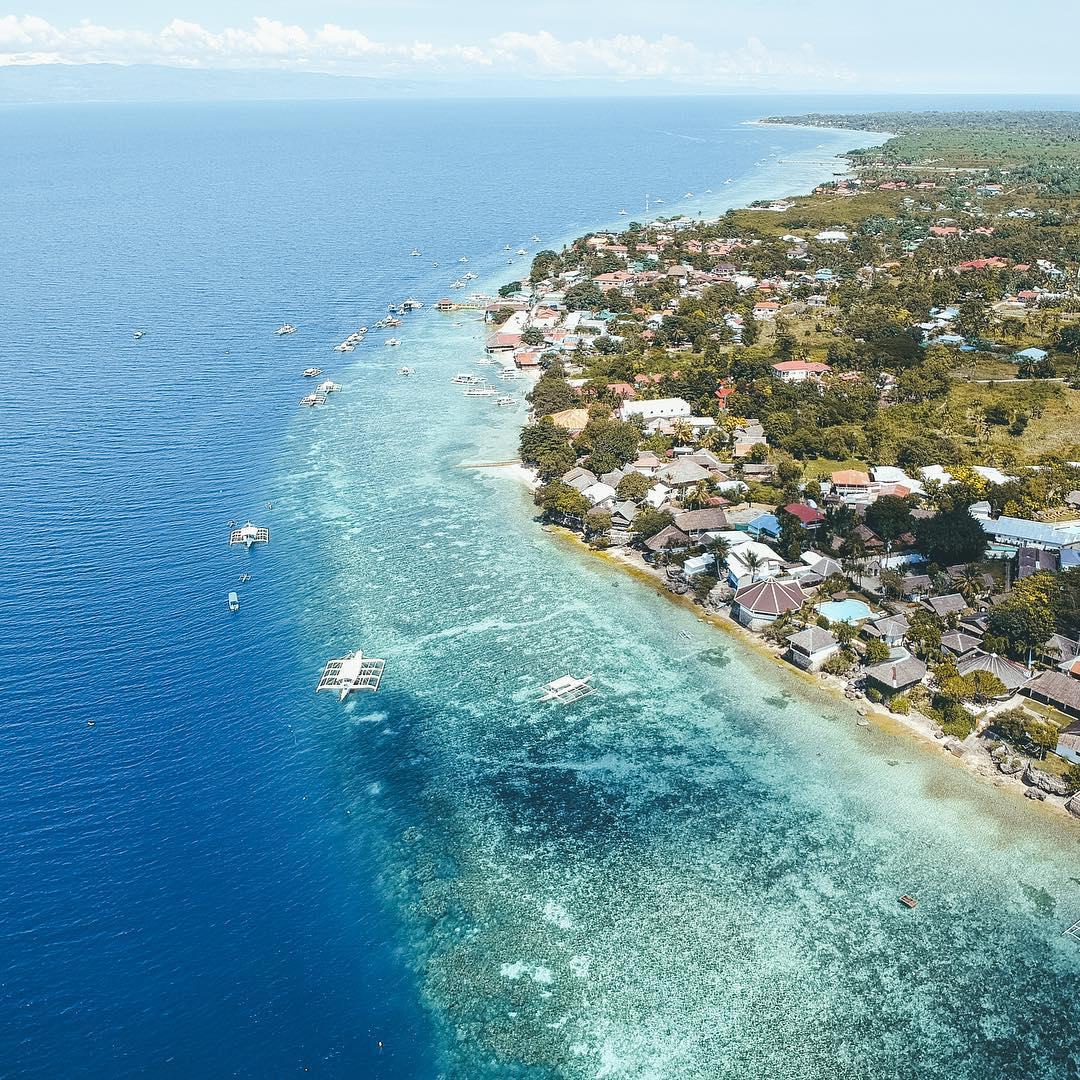moalboal beaches, beaches in moalboal, moalboal beach, best beach in Moalboal, Panagsama beach, Moalboal, things to do in moalboal, what to do in moalboal at night, moalboal cebu itinerary, moalboal philippines, where to stay in moalboal,moalboal tourism,basdaku moalboal,things to see in moalboal cebu, pescadores island, Lambug Beach