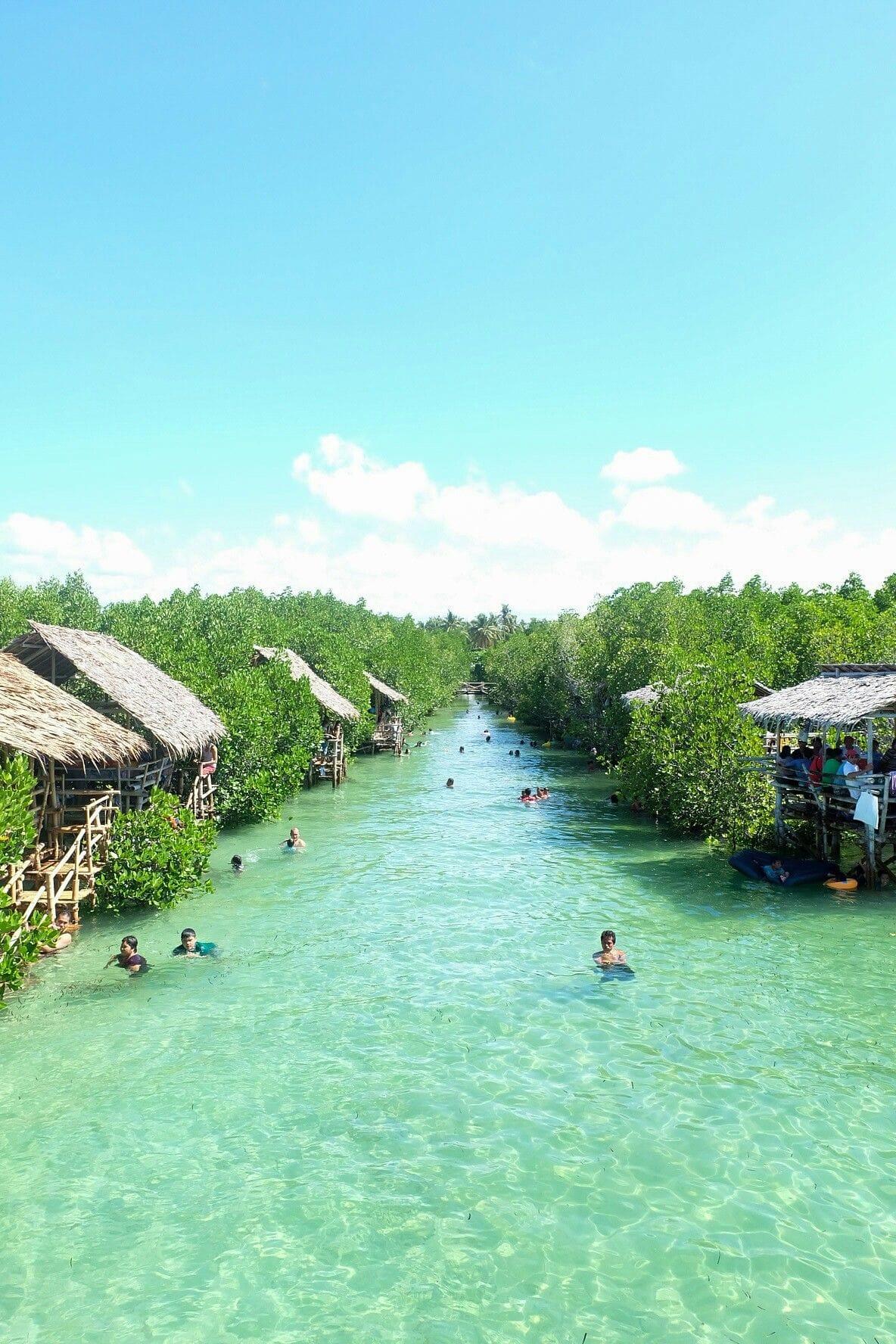 Tubajon Aquamarine Park