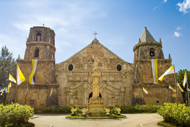 things to do in Iloilo, places to visit in Iloilo, Miag-ao Church