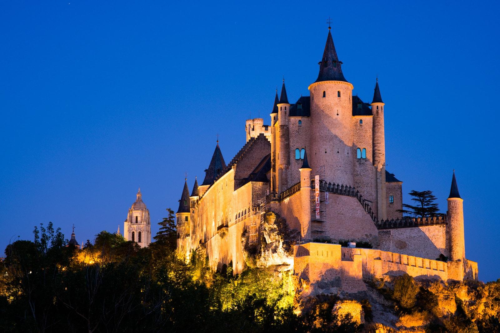 Things to do in Segovia, Places to visit in Segovia, Alcazar in Segovia