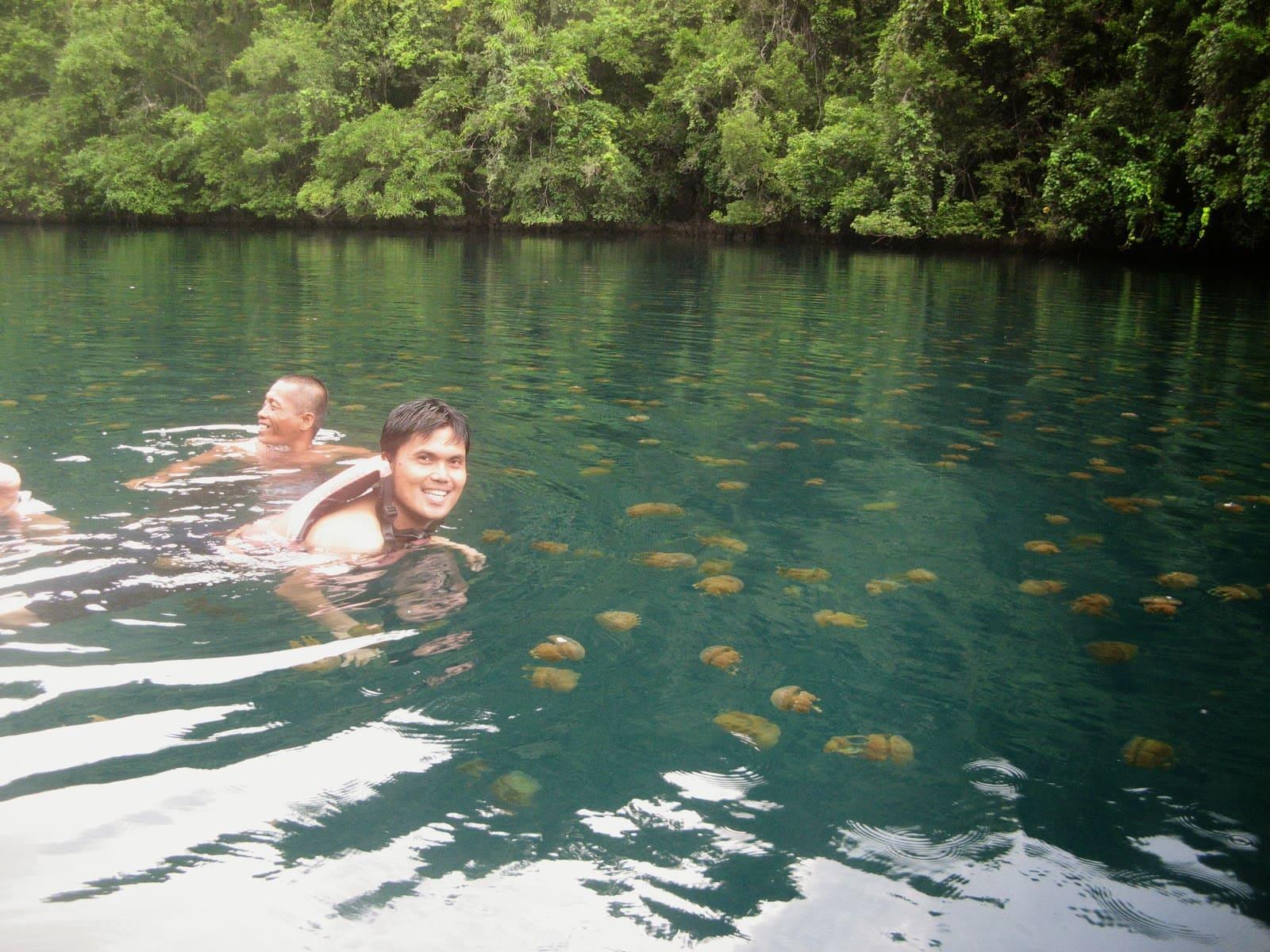 Tojoman Lagoon, Siargao tourist spots