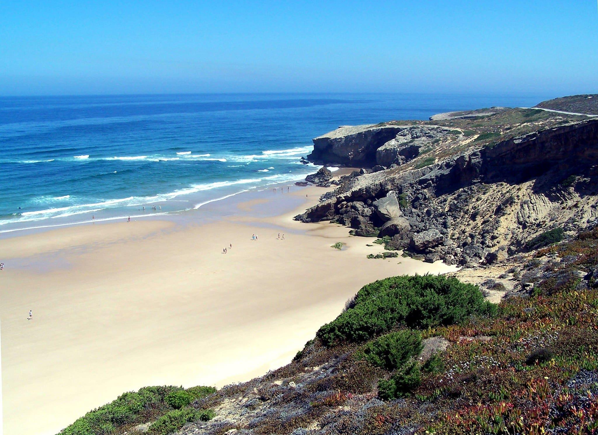 Beaches in Algarve, Praia do Monte Clerigo