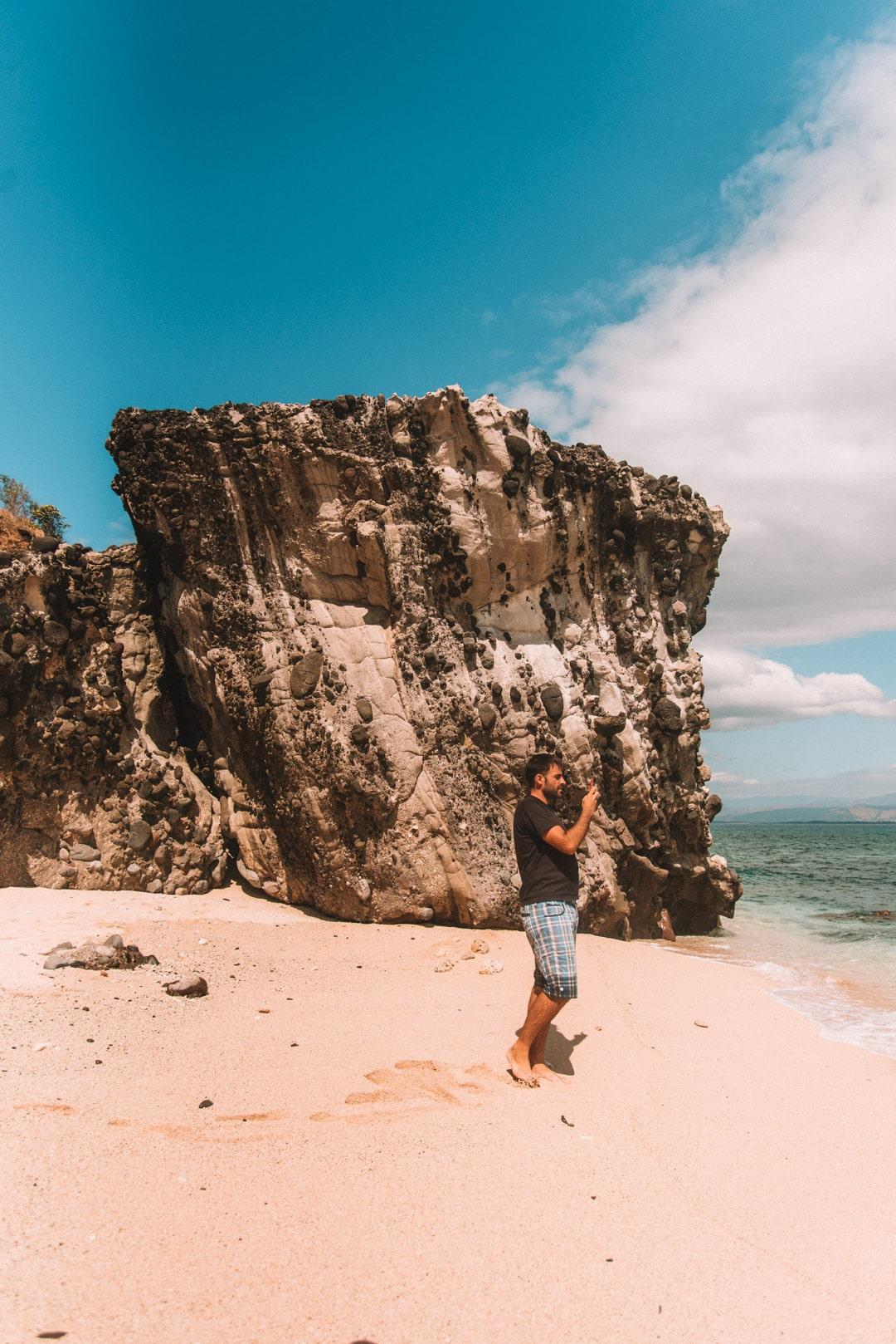 Camara Island, island hopping in Zambales, Beaches in Zambales, Zambales Beaches