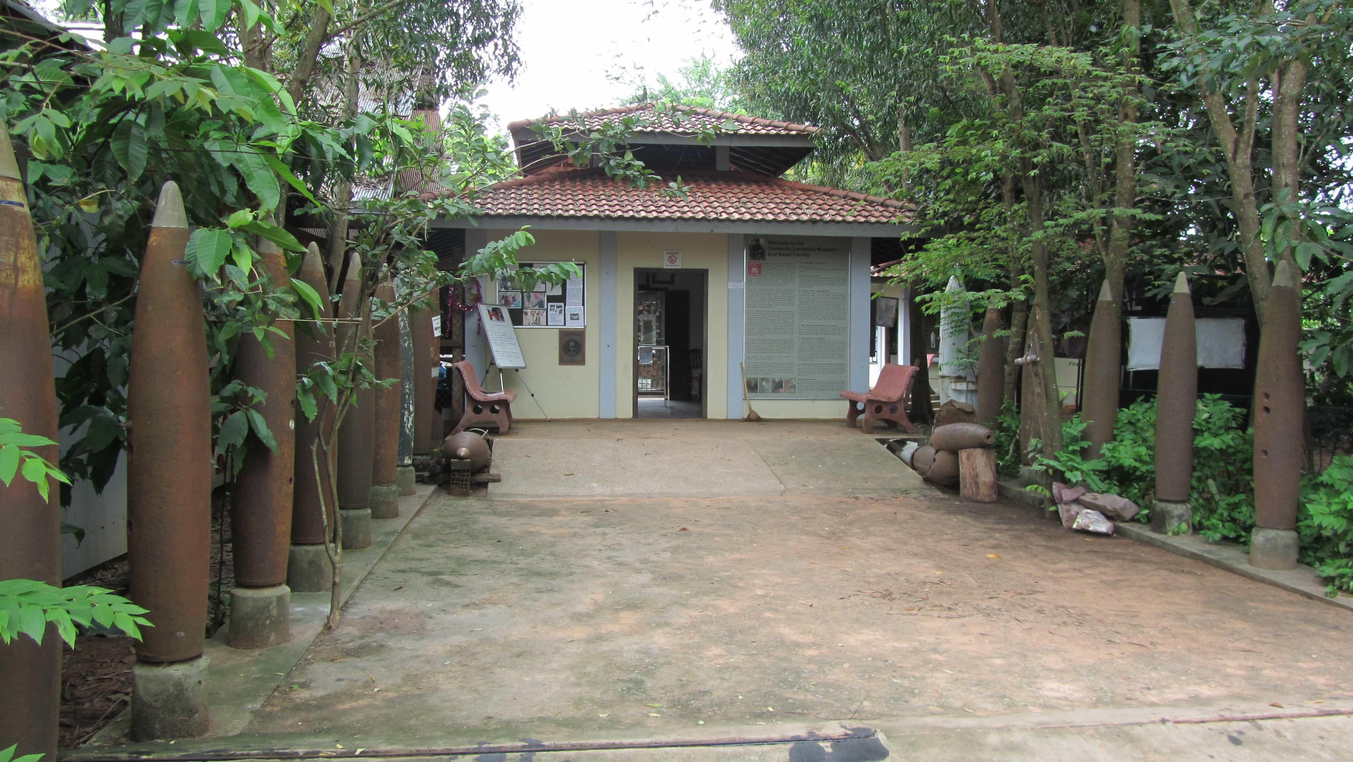Cambodia Tourist Spots, Cambodia Landmine Museum