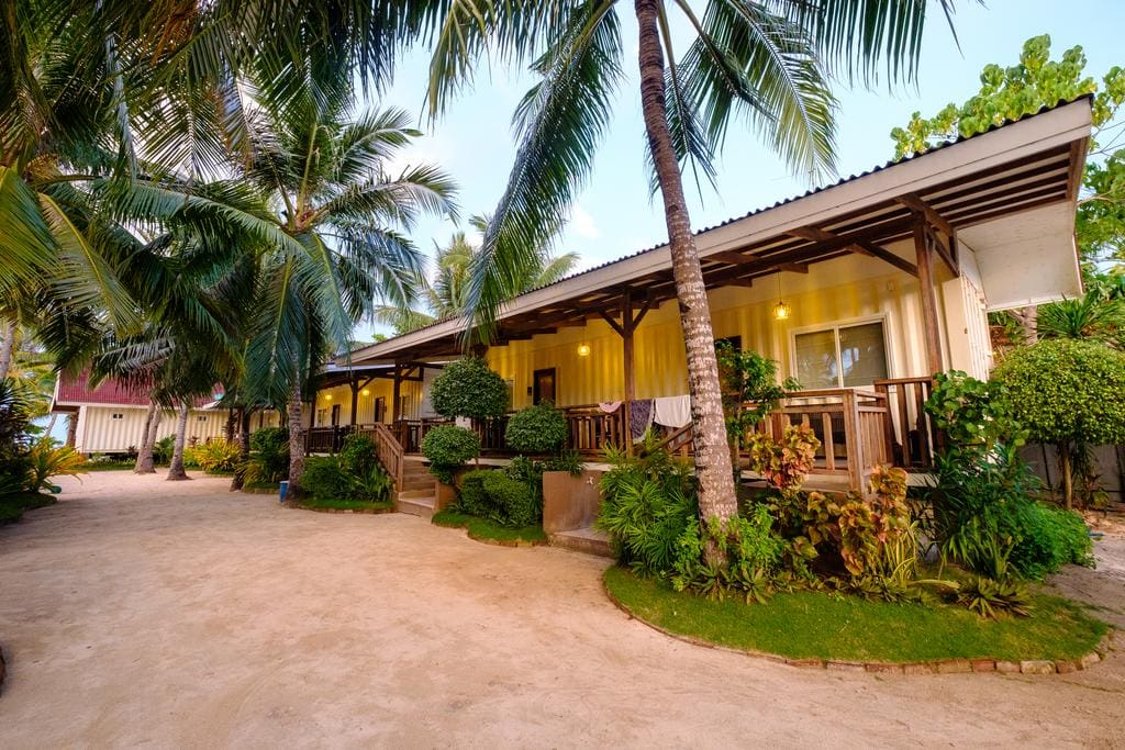 where to stay in Bantayan island, luxury resorts in Bantayan Island, Anika Island Resort