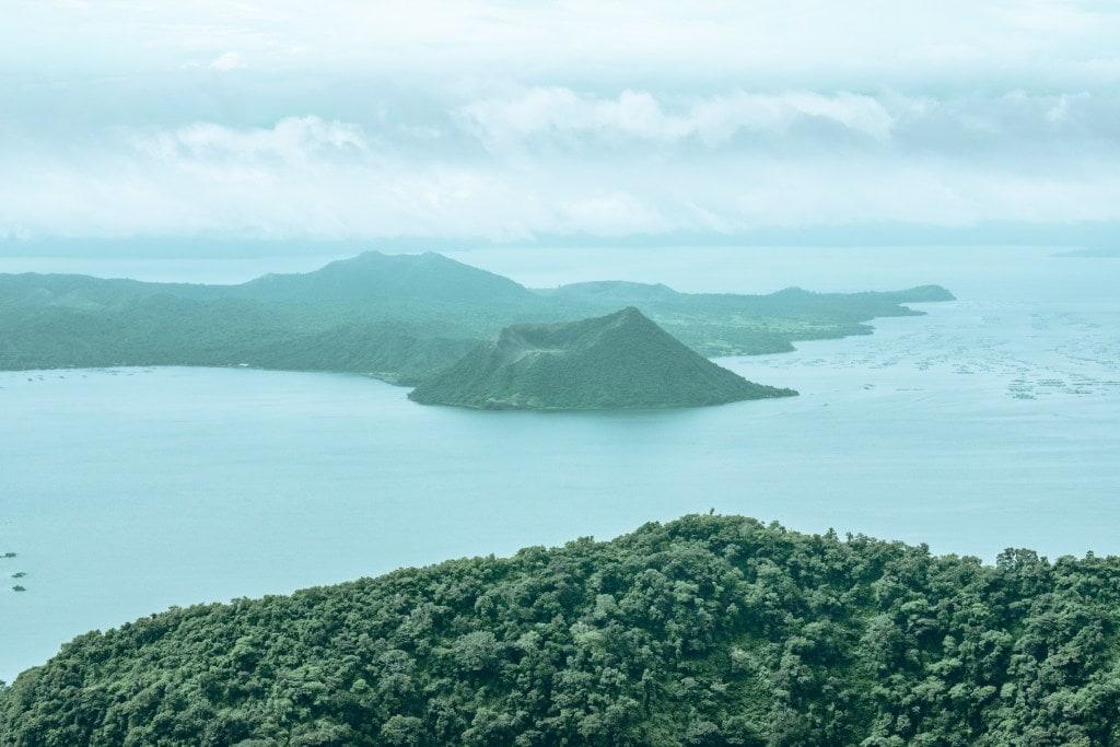 Taal Lake, Tagaytay tourist spots, Tagaytay itinerary