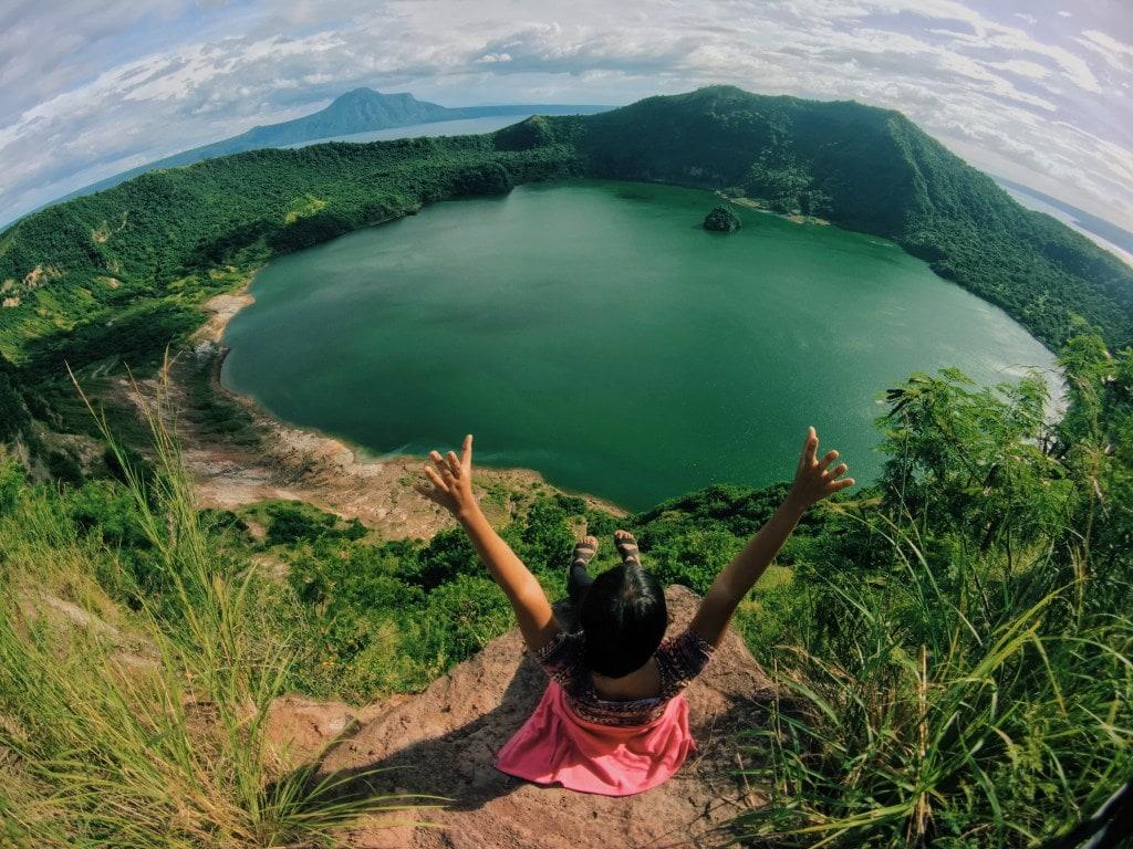 Tagaytay tourist spots, Taal Volcano, Taal Lake, Tagaytay itinerary