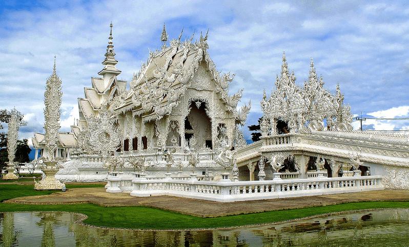 Wat Rong Khun, Thailand Tourist spots