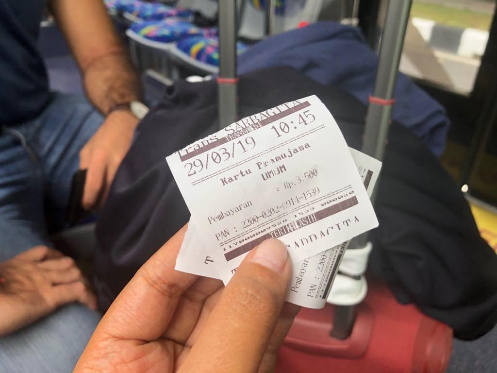 How to get to Ubud by bus from Ngurah Rai International Airport, bali airport ubud, denpasar to ubud