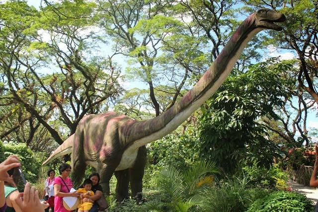 Dinosaurs Island, Pampanga tourist spots