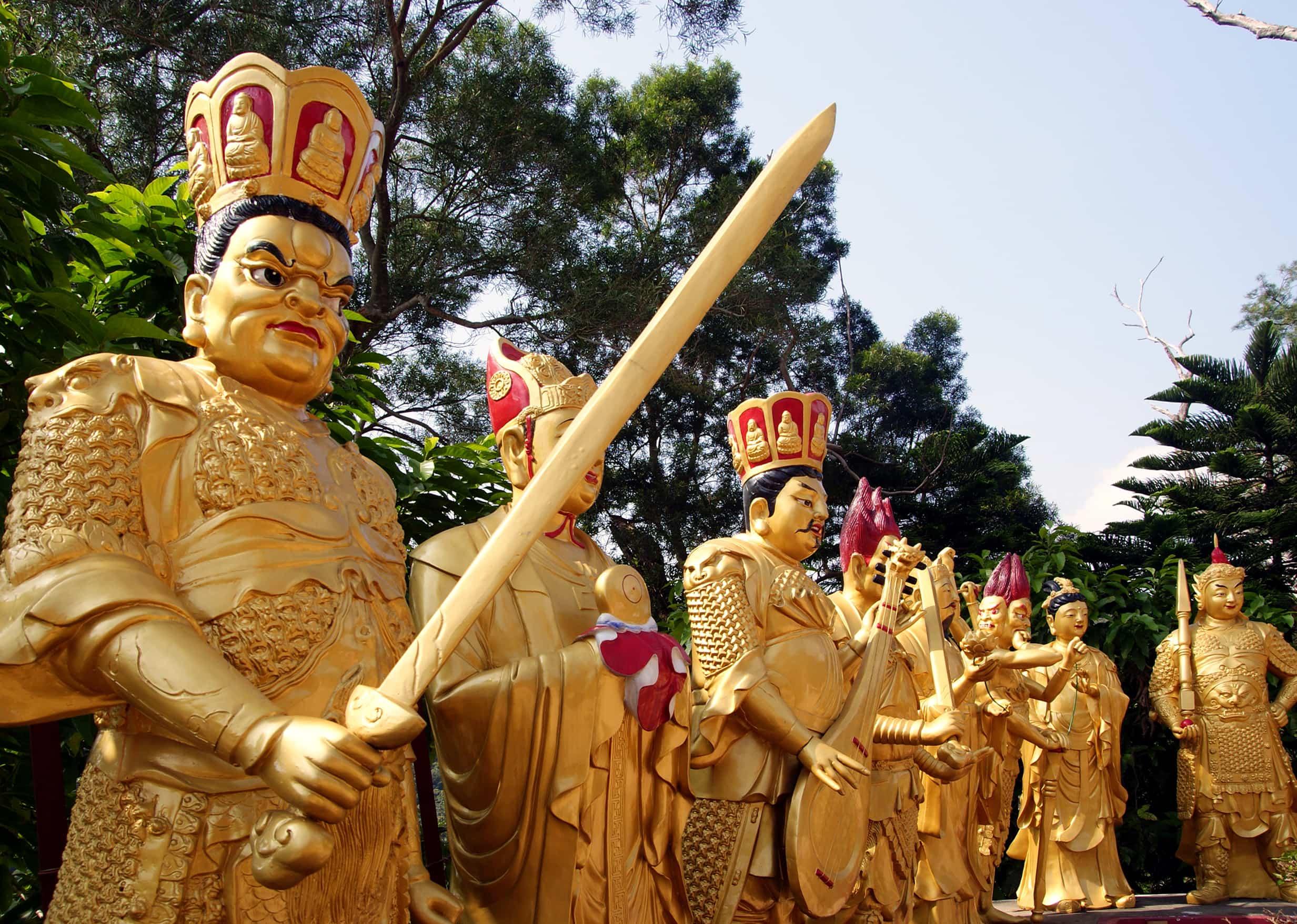 Ten Thousand Buddhas, Hong Kong tourist spots