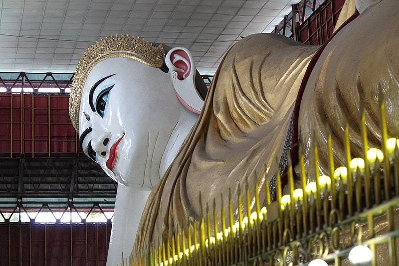Reclining Budha in Yangon