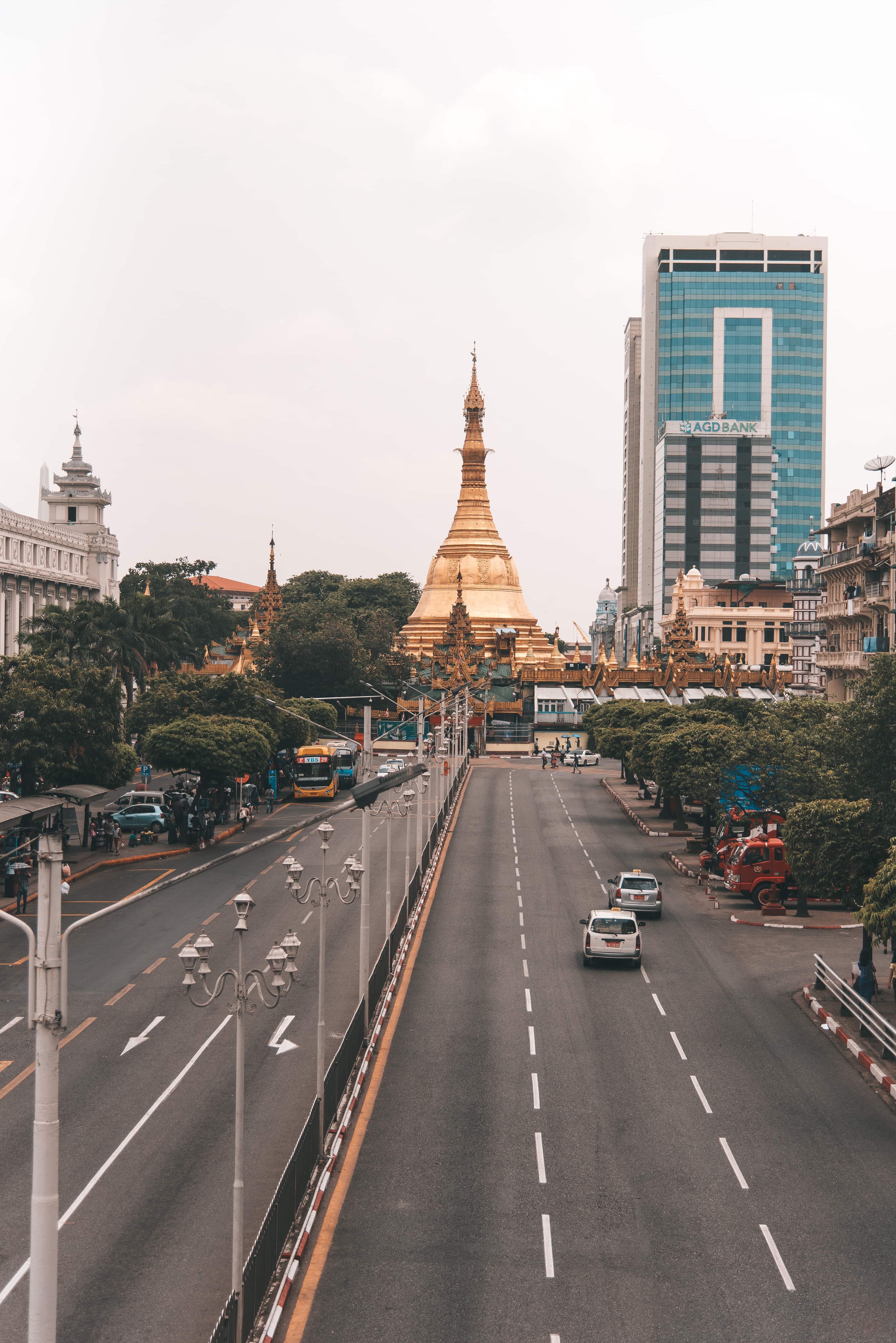 Myanmar itinerary, Sule Pagoda, Yangon, Yangon downtown