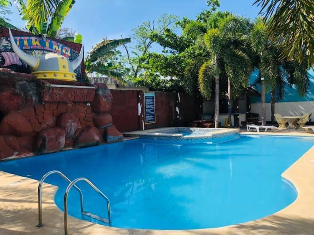 Viking Resort