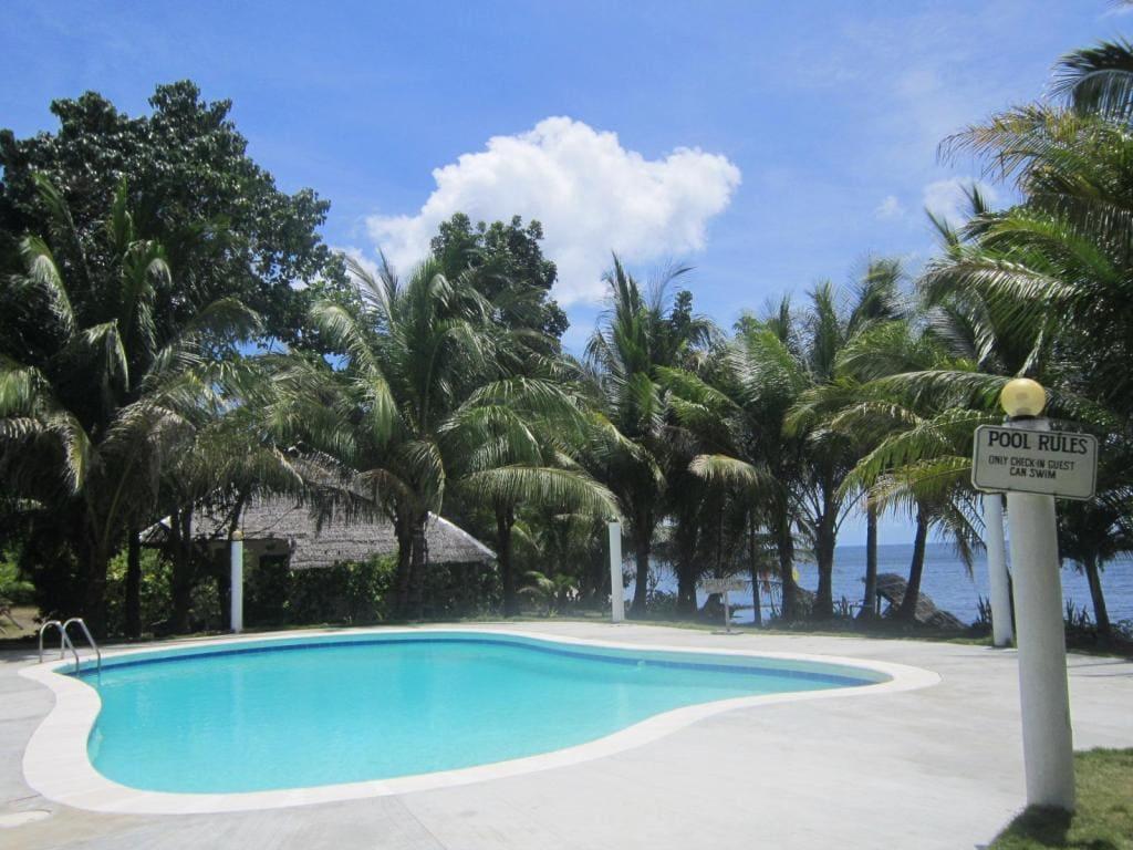 Lazi Beach Club, resorts in siquijor