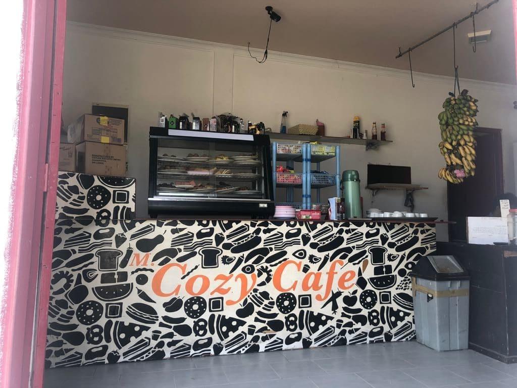 Dhiffushi travel guide, things to do in Dhiffushi, Dhifushi Island, Cozy Cafe in Dhiffushi, what to eat in Dhiffushi,