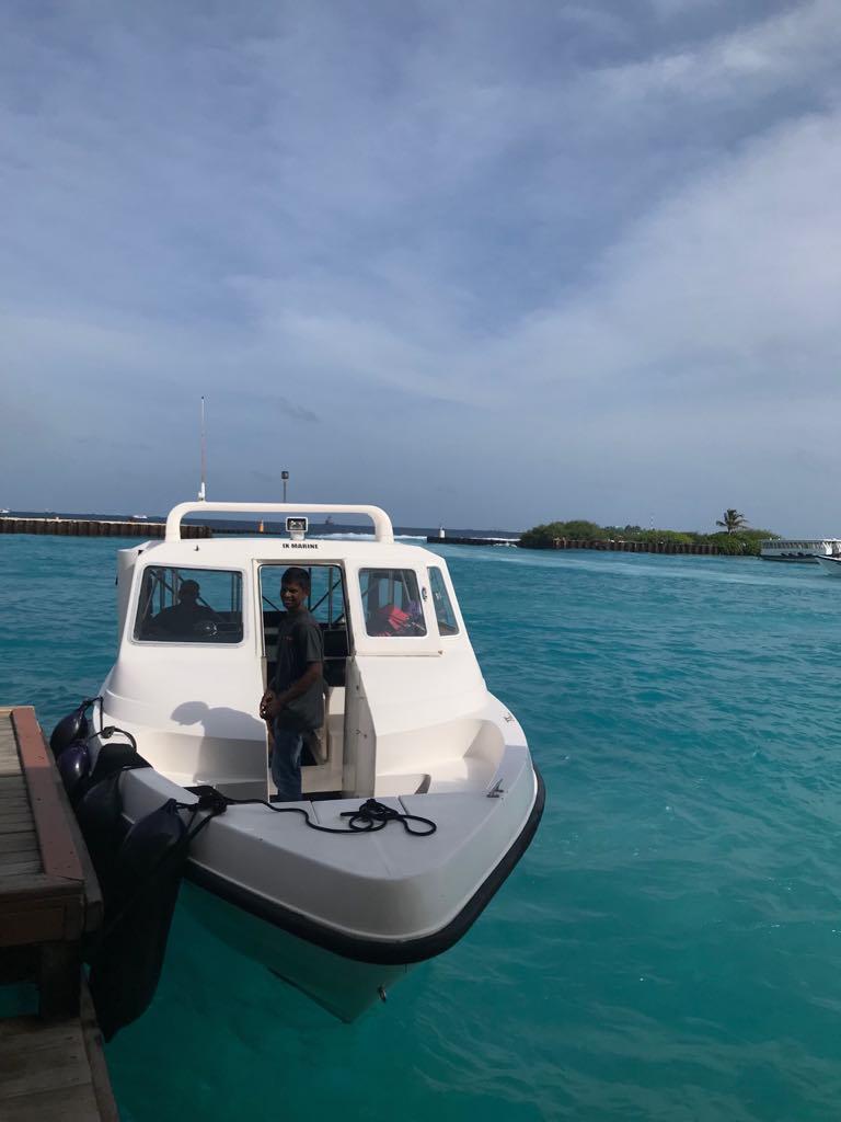Luxury resorts vs local islands in Maldives, how to get to Thulusdhoo Island, speed boat in Maldives, Kuramathi Island Resort, Dhiffushi travel guide, things to do in Dhiffushi, Dhifushi Island, Speed boat