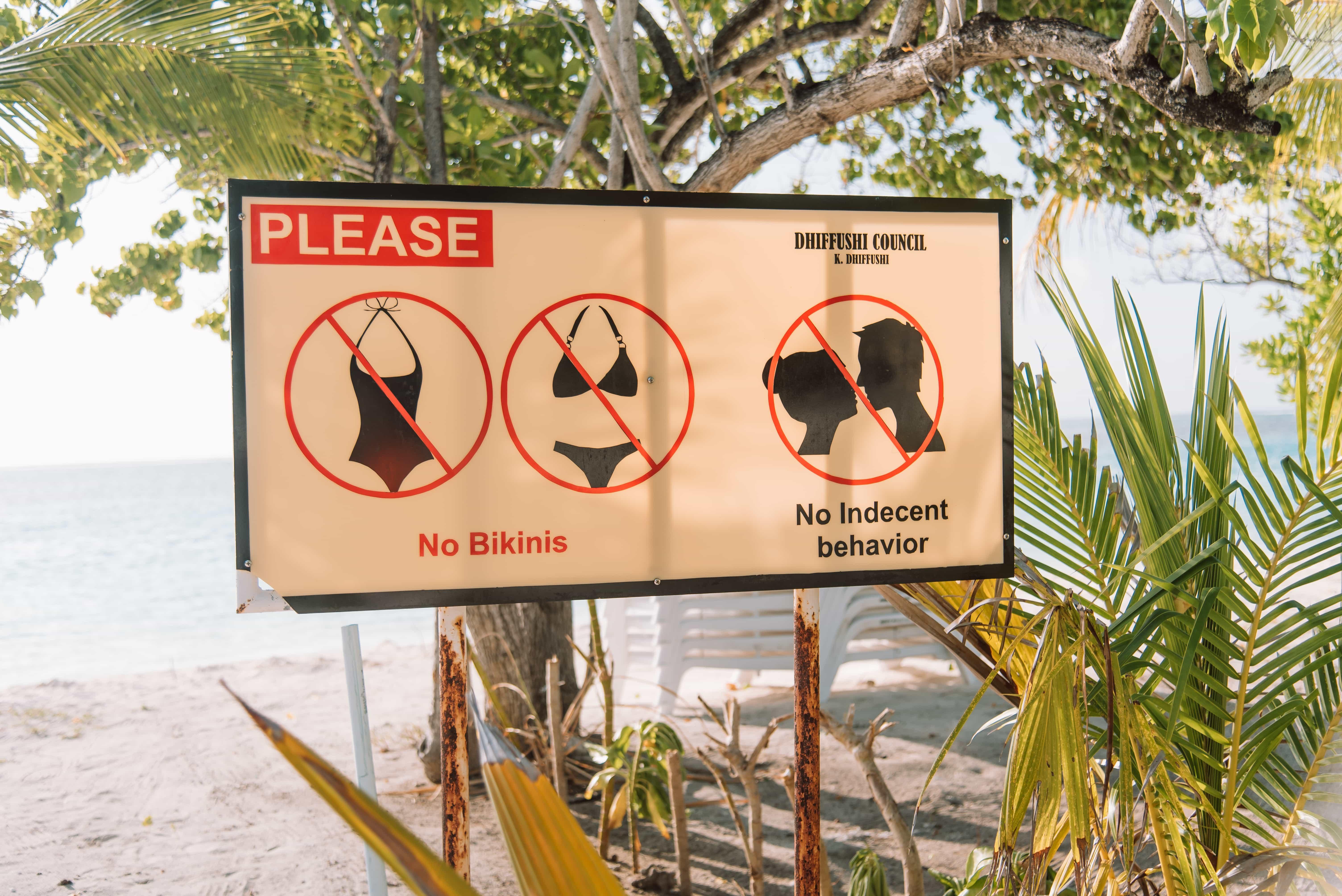 Luxury resorts vs local islands in Maldives, Dhiffushi travel guide, things to do in Dhiffushi, Dhifushi Island