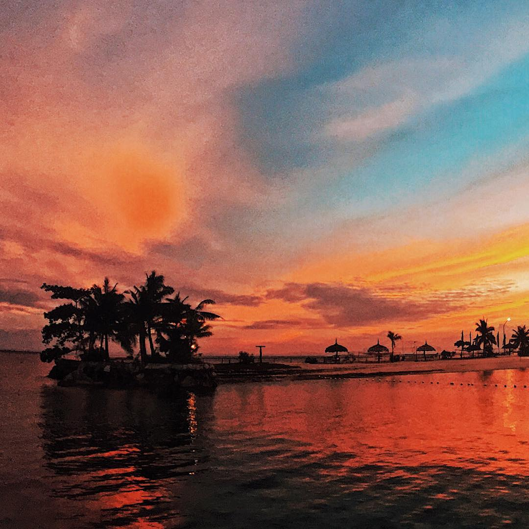 sunsets in the Philippines, sunset in Mactan Island