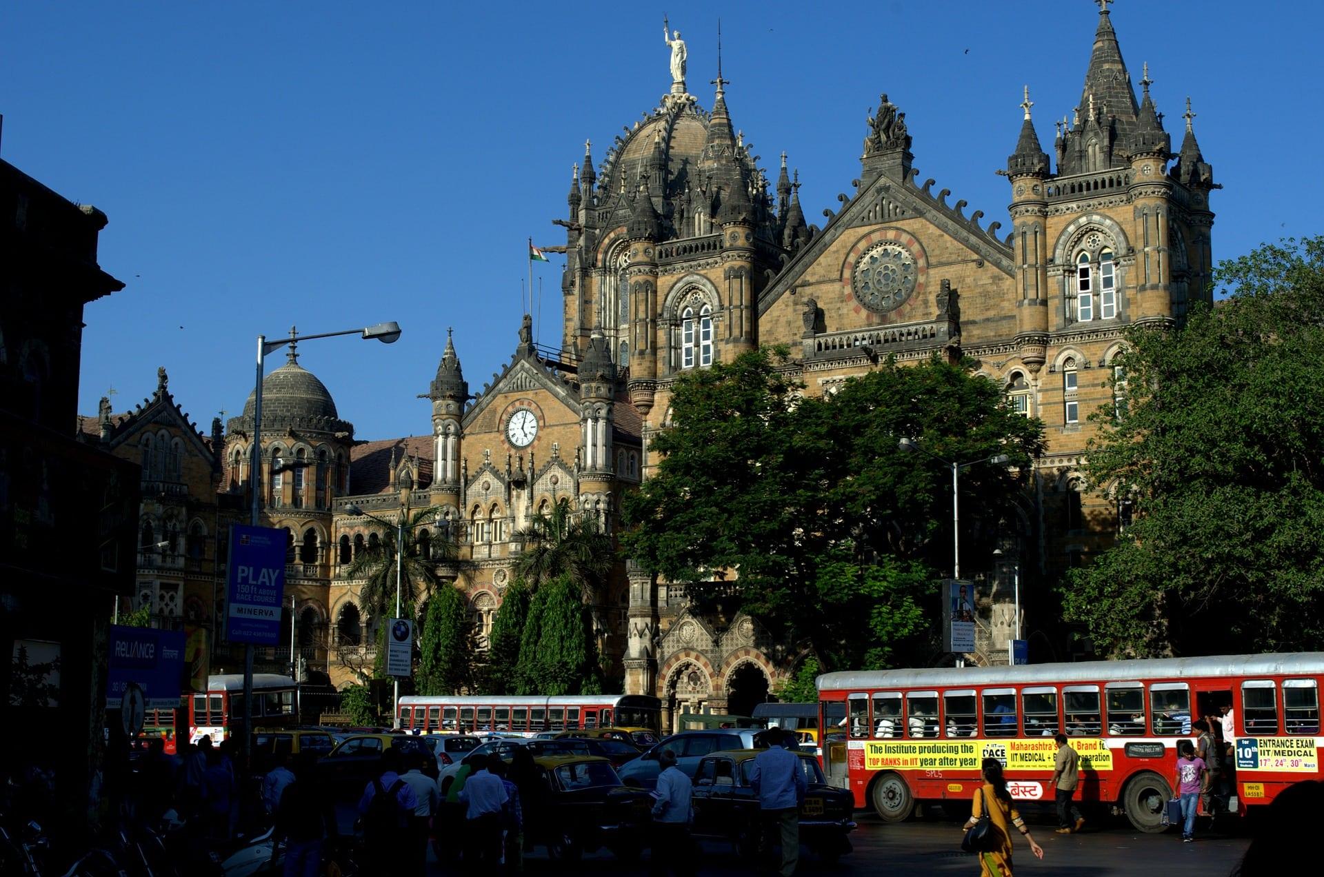 Victoria Station, things to do in Mumbai, Mumbai travel guide, One day Mumbay itinerary