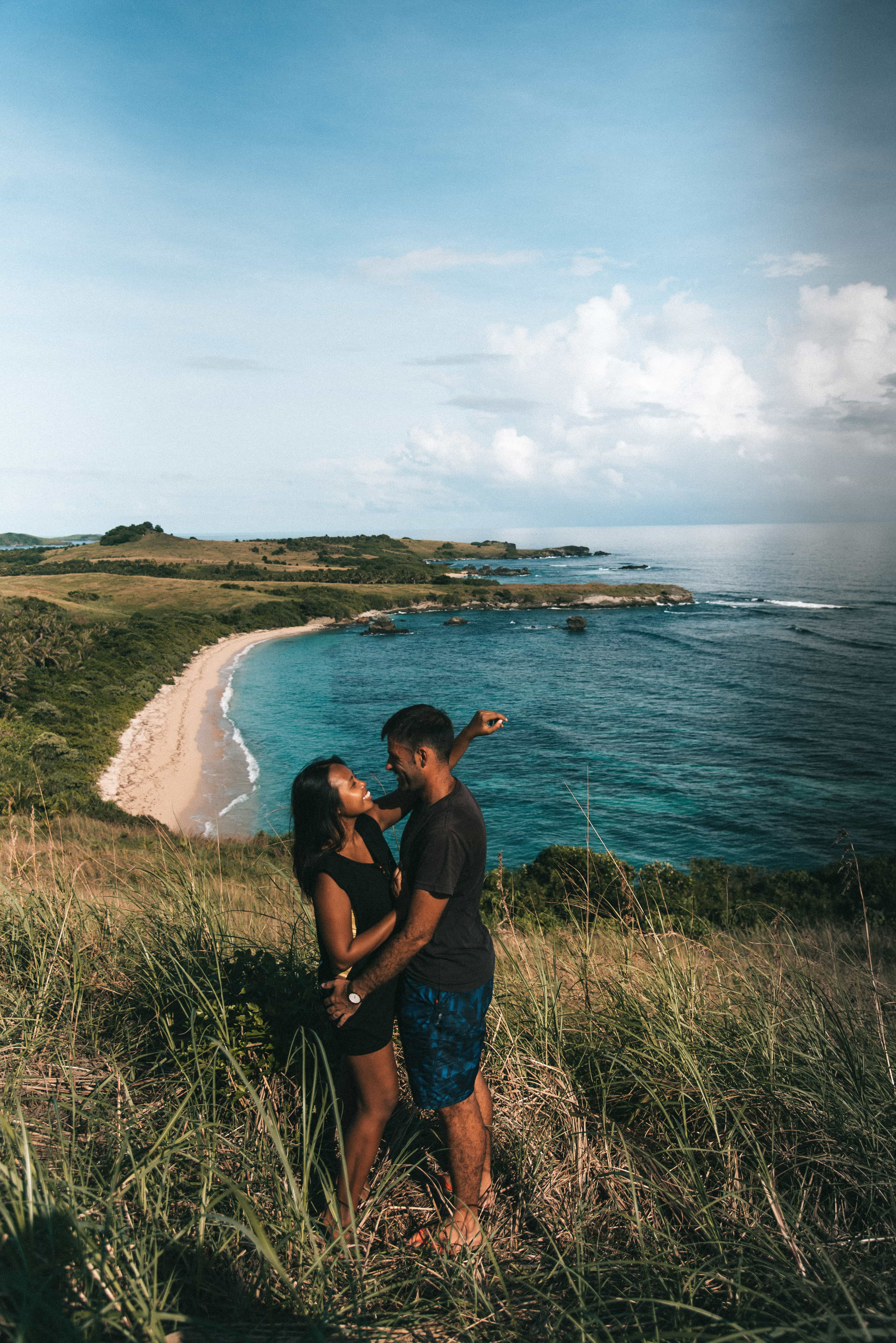 BEST TIME TO VISIT THE PHILIPPINES: RAINY OR DRY SEASON? what to wear in philippines, philippines packing list, what to pack for philippines, packing list for the philippines, what to bring to the philippines