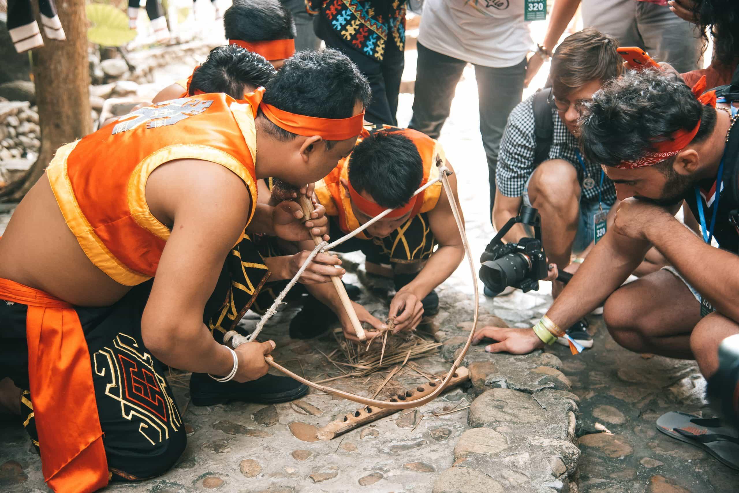 things to do in Sanya, Sanya travel guide, Binglanggu Hainan Li & Miao Cultural Heritage Park