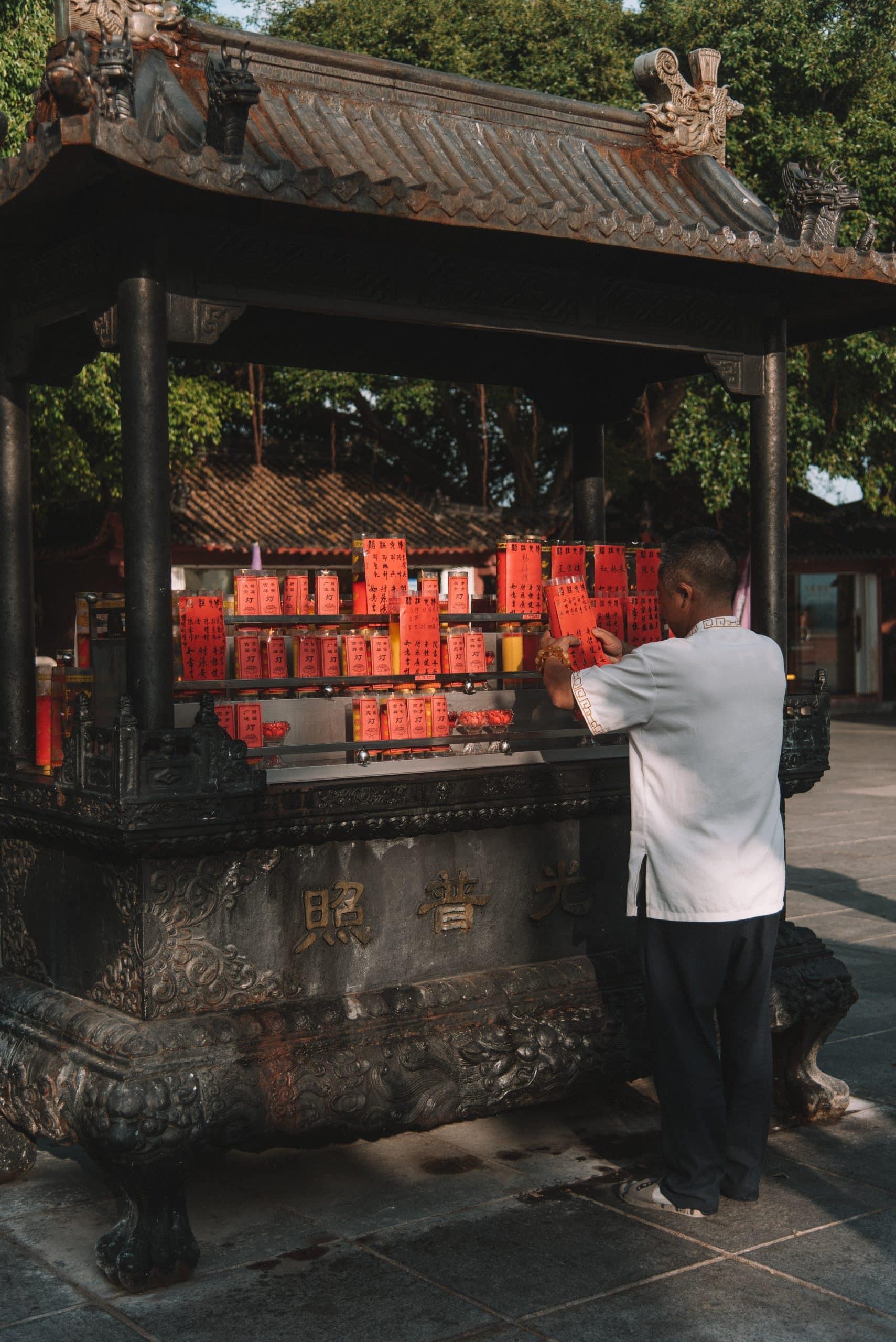 things to do in Sanya, Sanya travel guide, visit temples in Sanya