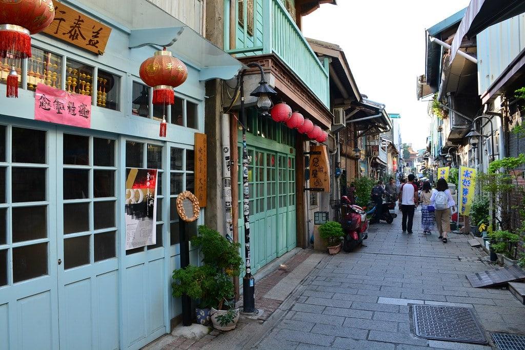 Shennong Street, Tainan travel guide, Tainan tourist spots