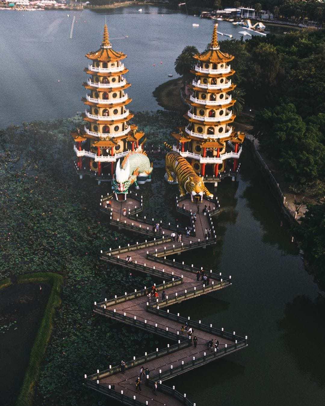 Kaohsiung tourist spots