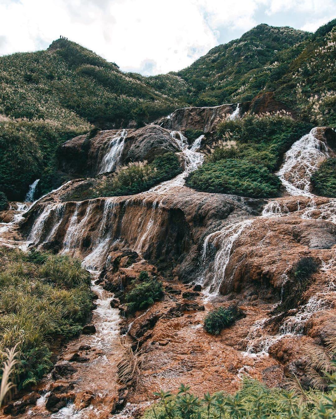 Gold Waterfalls in Taipei