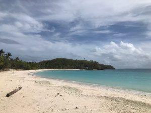 Matnog island hopping, Subic Beach, pink beach sorosgon, budget travel island hopping in Matnog