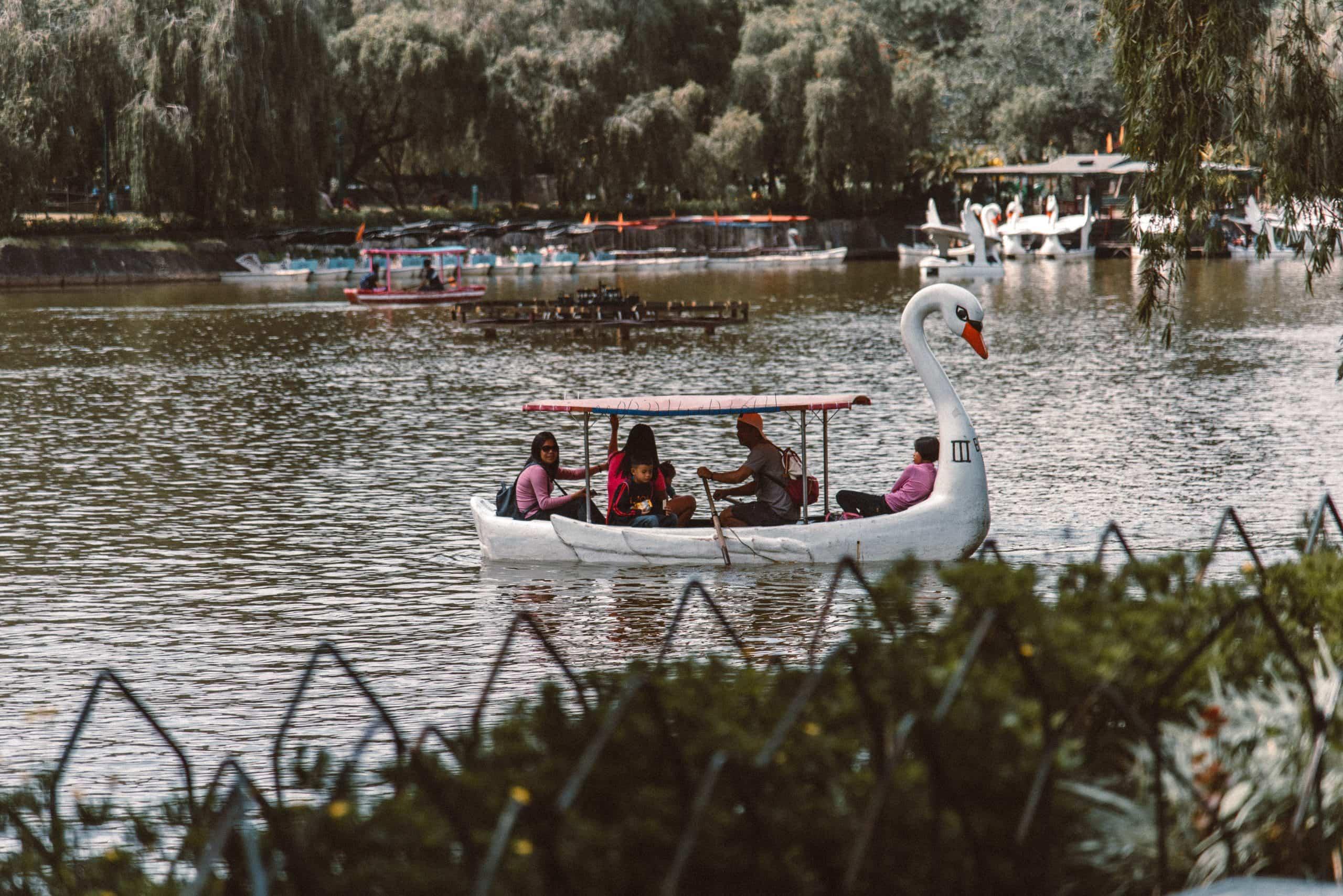 Baguio tourist spots, Baguio travel guide, Burham Park