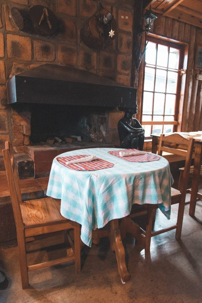 Log Cabin, where to eat in Sagada, restaurants in Sagada, sagada restaurants, sagada food