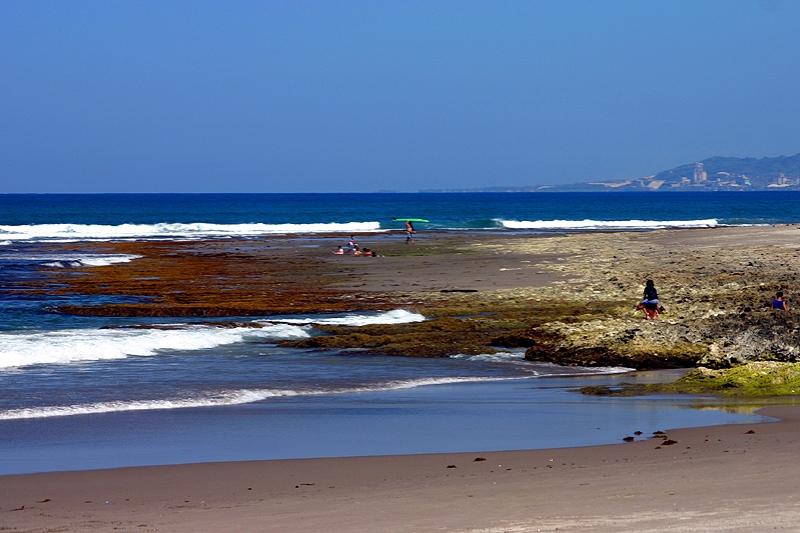 Urbiztondo Beach, La Union Beaches, la union beaches, best beaches in la union, beaches in la union