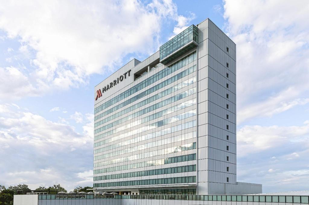 Clark Marriott Hotel, hotels in pampanga, resorts in Pampanga
