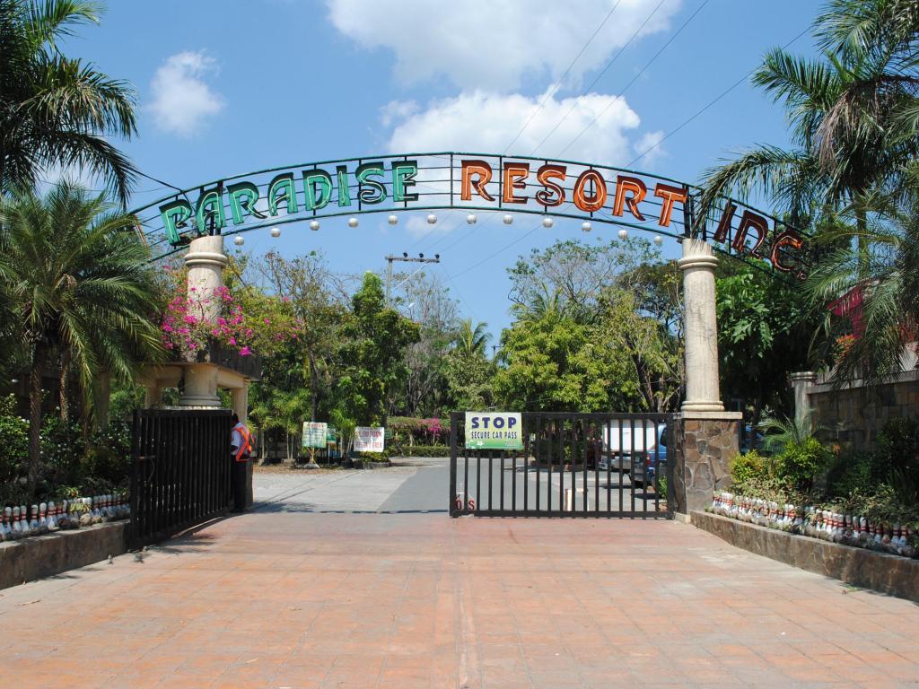 DJ Paradise Hotel, resorts in bulacan, affordable resorts in bulacan, best resort in bulacan, beach resorts in bulacan, caribbean resorts in bulacan, bulacan resorts