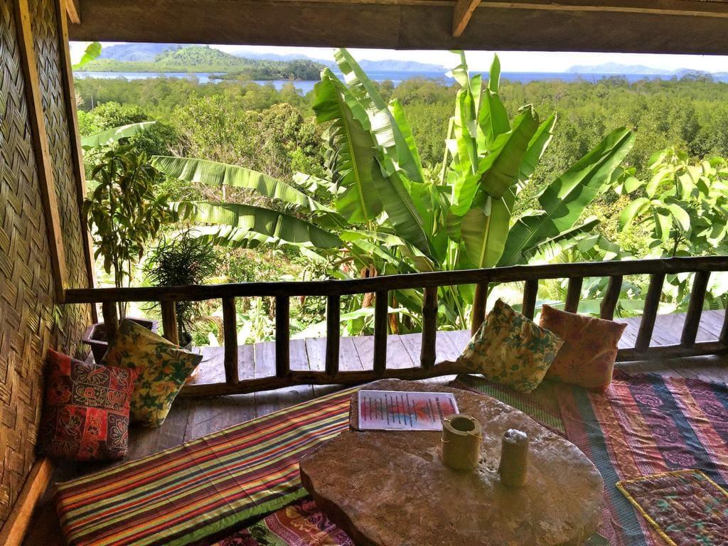 Jungle Bar Restaurant & Hut, hotels in port barton, where to stay in port barton