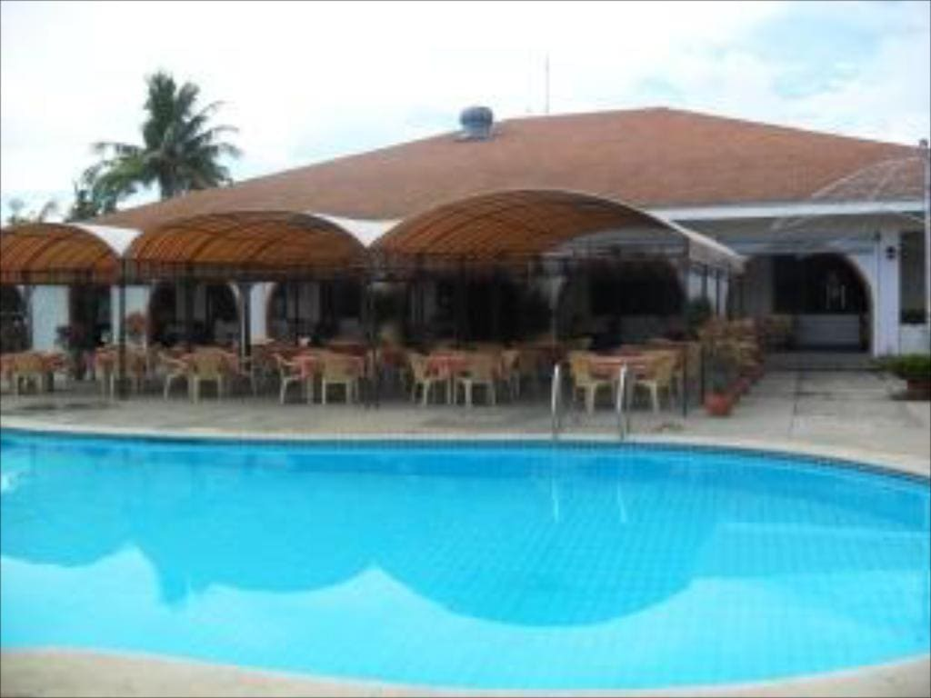 Lago de Oro Hotel, beach resorts in calatagan, calatagan beach resort, calatagan beach, beaches in calatagan