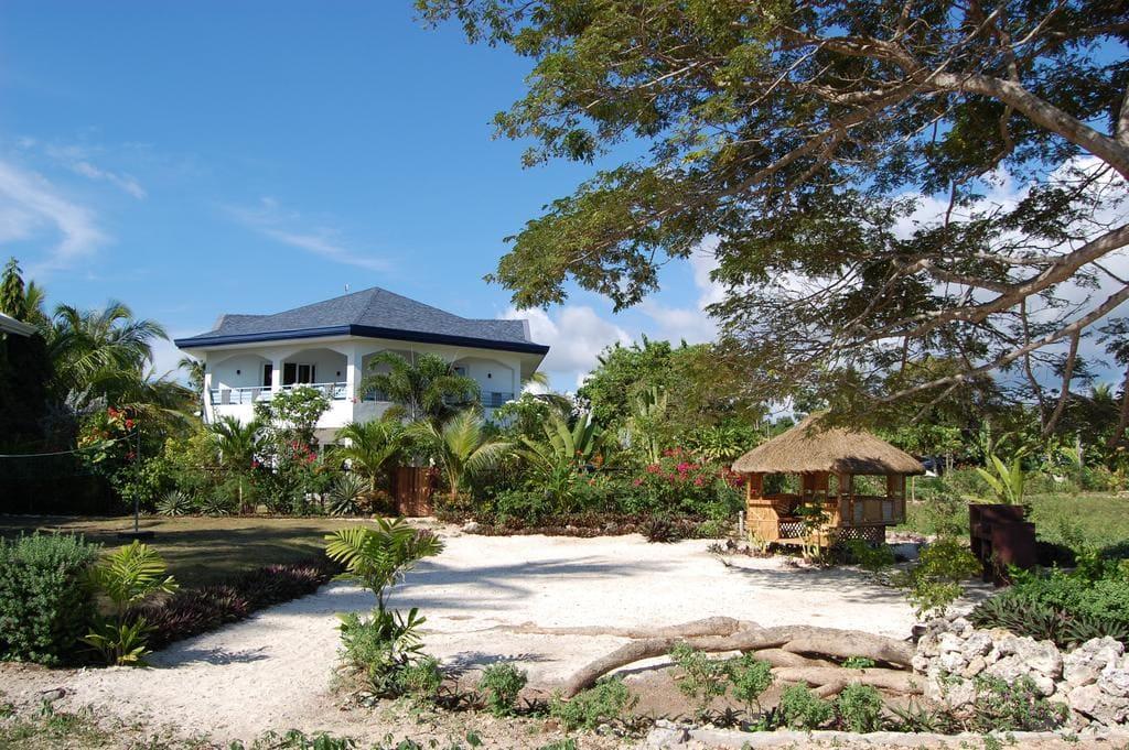 Panglao Beach House, where to stay in panglao, beach resorts in panglao, panglao hotels, panglao resorts, hotels in panglao, panglao beach resorts