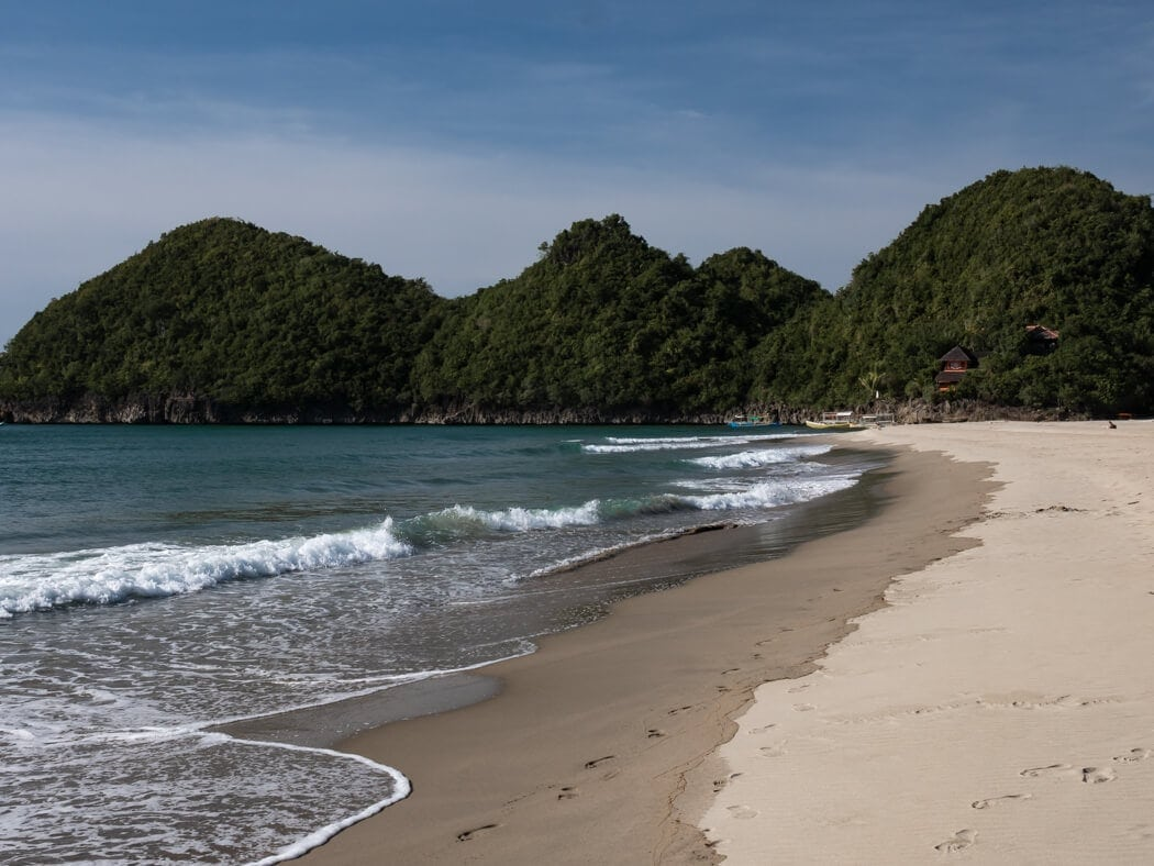 sipalay beach resorts, sipalay resorts, sipalay beach, beach resorts in sipalay, resorts in sipalay, sipalay beaches, beaches in sipalay