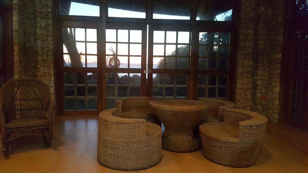 Surip Boathouse, bolinao beach resorts, beach resorts in bolinao