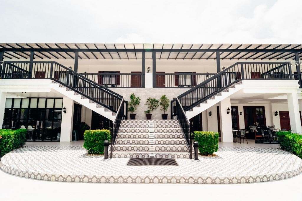 The Mansion, hotels in Clark, hotels in Clark Pampanga