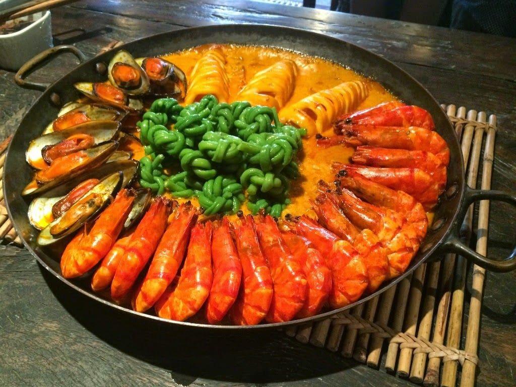 restaurants in pampanga, pampanga restaurant, best restaurants in pampanga, Bale Dutung