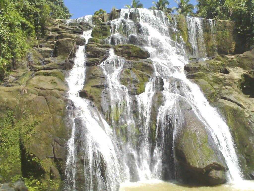 Aliw Falls, falls in laguna, laguna falls